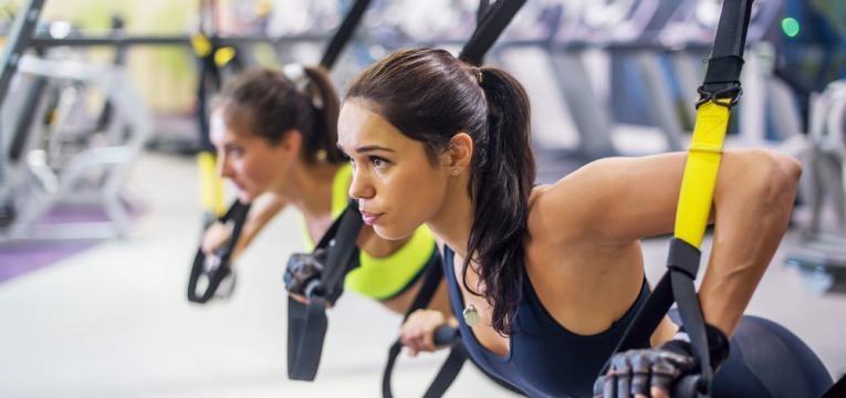 Exercicios com trx para fazer em casa e Flexao com ombro