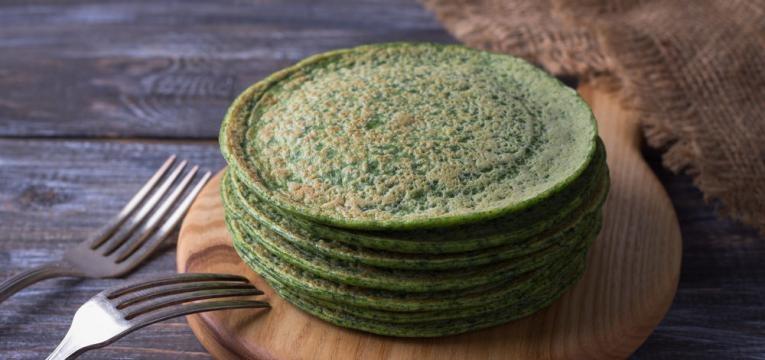 Panquecas de legumes de espinafres