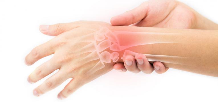 dor ossea e vitamina D