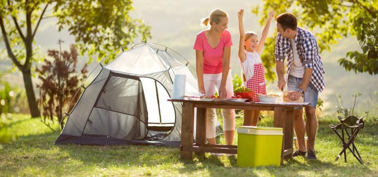 acampar no jardim de casa e atividades para fazer com criancas nas ferias