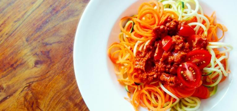 Esparguete de cenoura a bolonhesa