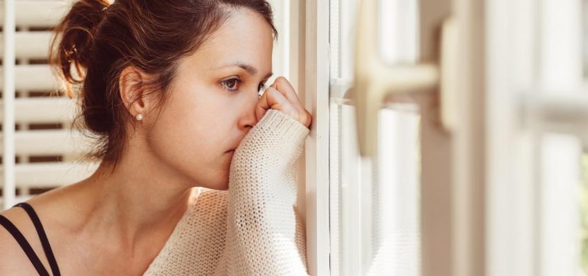rapariga com ansiedade