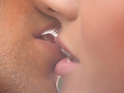Quais as doenças que passam pelo beijo?