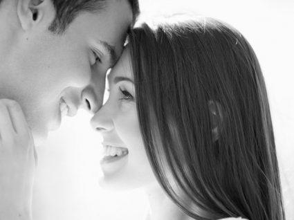 Conheça as 5 linguagens do amor e descubra a preferida do seu parceiro