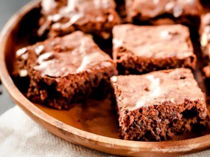 5 Receitas com alfarroba para substituir o chocolate