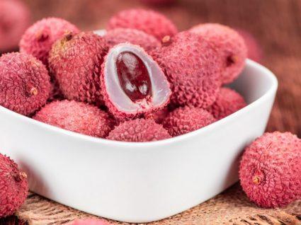 Lichia: uma fruta tropical pronta para o verão