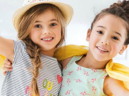 Roupa fresca para crianças com descontos até 70%