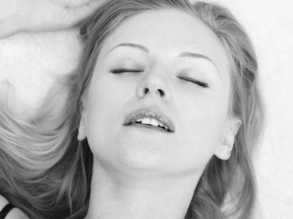 Será que existem mesmo diferentes tipos de orgasmo feminino?
