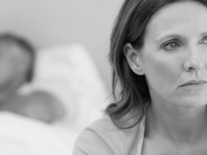 A dor na penetração impede-a de ter uma vida sexual feliz?