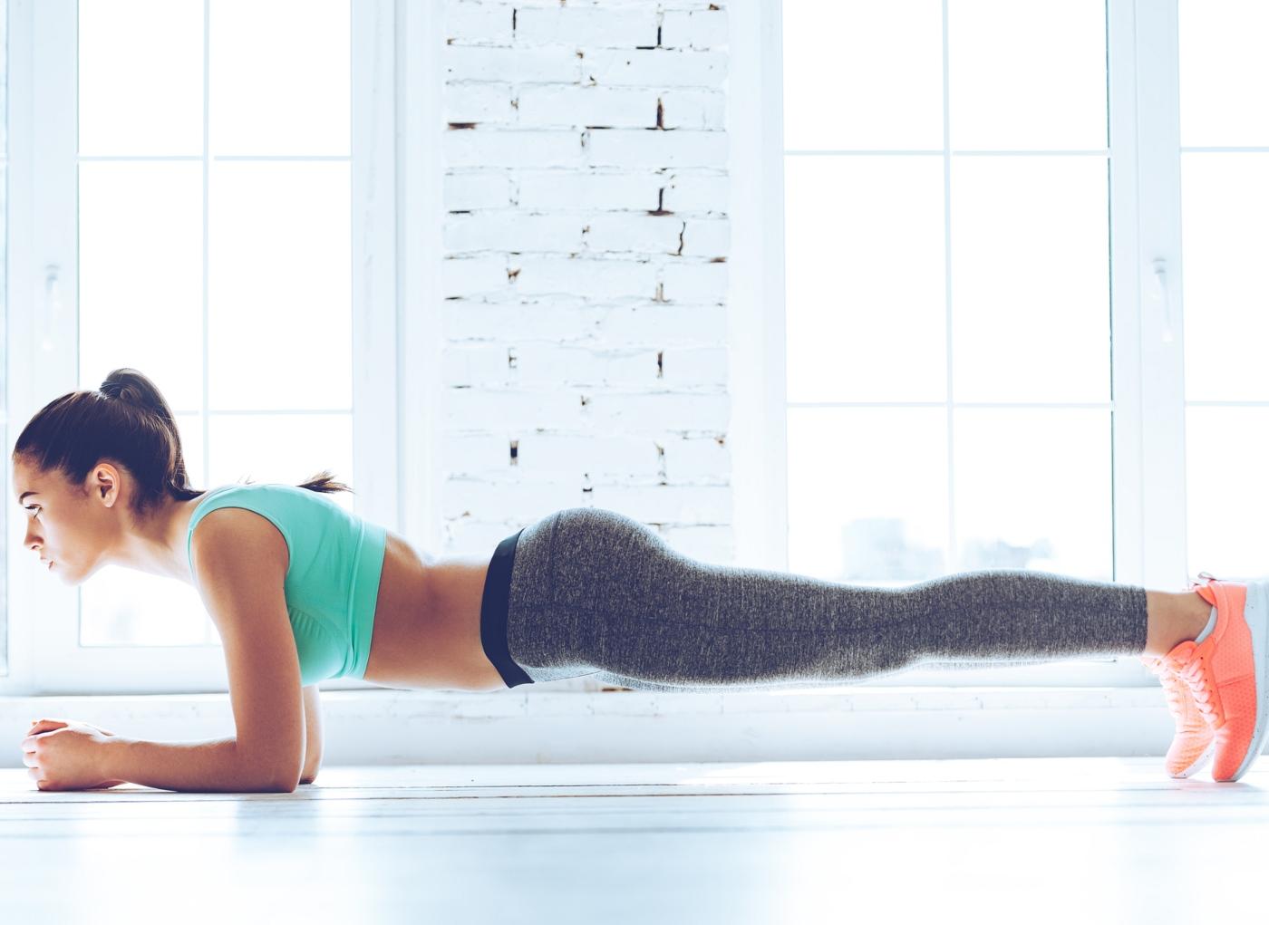 3 exercícios de abdominais pós-parto