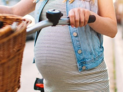 Roupa pré-mamã: 7 essenciais para uma gravidez cheia de estilo