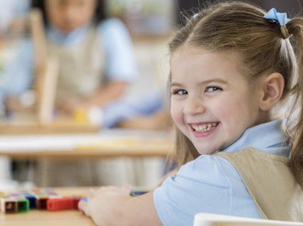 6 Ideias de looks para o primeiro dia de escola com muito estilo