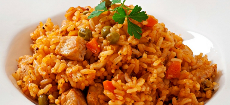 arroz de pato com ervilhas e cenoura
