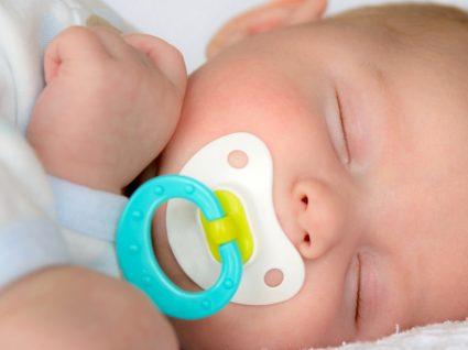 Chupeta: o seu bebé deve ou não usar?