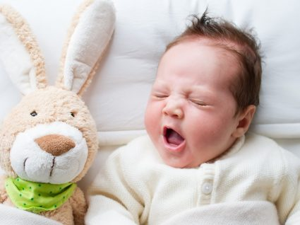 Bebés: conjuntos para menino e menina perfeitos para a Páscoa