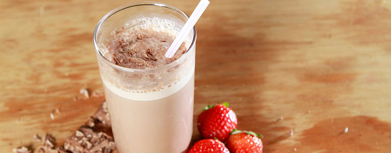 batido proteico de chocolate
