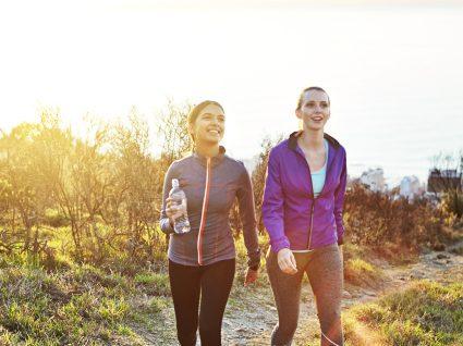 Conheça 10 benefícios das caminhadas