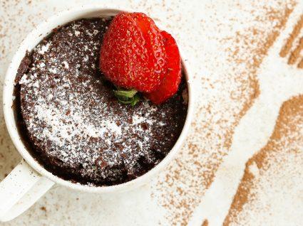 As receitas mais fáceis e saborosas de bolo de caneca light