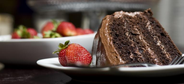 bolo de nutella e morangos