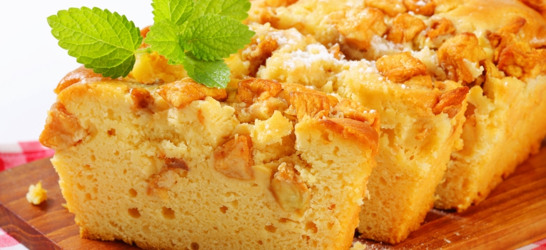 bolo de requeijao e amendoas