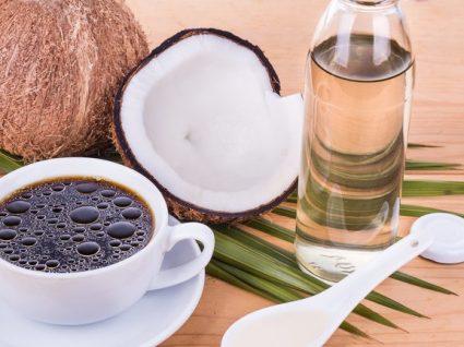 Café com Óleo de coco emagrece? Conheça os efeitos desta combinação invulgar!
