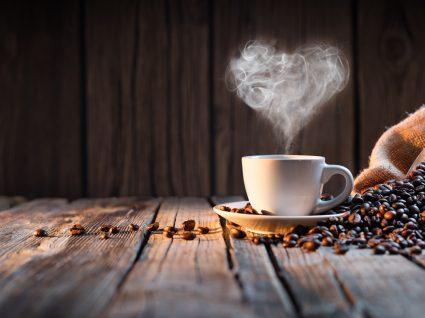 É verdade que o café aumenta a longevidade?