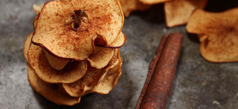 Chips maçã e canela