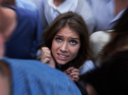 Claustrofobia: conheça as causas, sintomas e o tratamento desta fobia