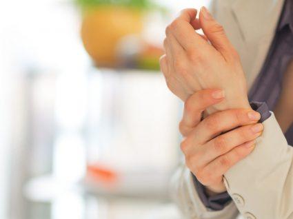 Síndrome de Quervain: causas, sintomas e tratamento