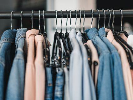 6 Lojas incríveis para comprar roupa online: moda à distância de um clique