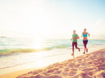 9 Dicas essenciais para correr na areia e melhorar a sua condição física