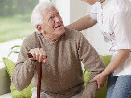 Como evitar quedas em idosos: dicas preciosas