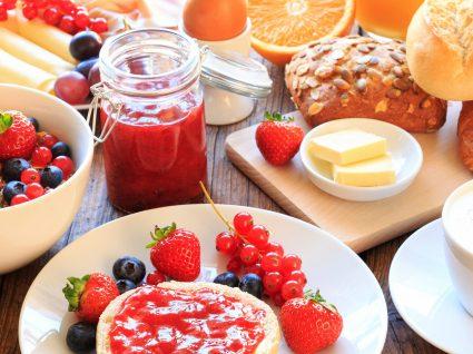 Quais os melhores alimentos para comer ao pequeno-almoço