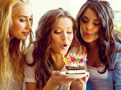 Soprar as velas de aniversário aumenta 14 vezes a quantidade de bactérias no bolo