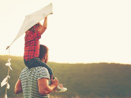 Filhos que brincam com os pais são mais bem sucedidos