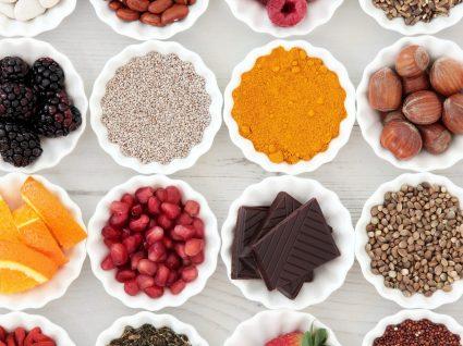 Vitaminas hidrossolúveis: quais são e fontes alimentares