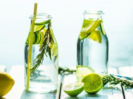 Dicas para beber mais água durante o dia by Vanessa Alfaro