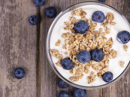 Iogurte vegetal: não é só para vegetarianos!