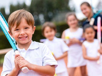 Roupa de desporto para crianças: básicos cheios de estilo
