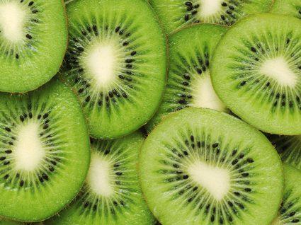 Todas as propriedades do kiwi que deve conhecer