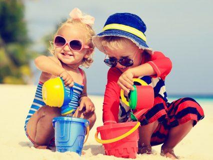 O que levar na mala de férias para as crianças