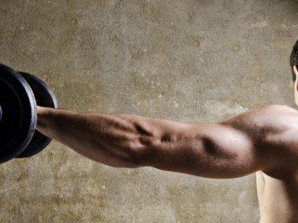 Treinar ombros: quais os melhores exercícios?