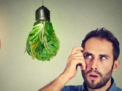 Mitos sobre alimentação que estão a fazer com que coma mal