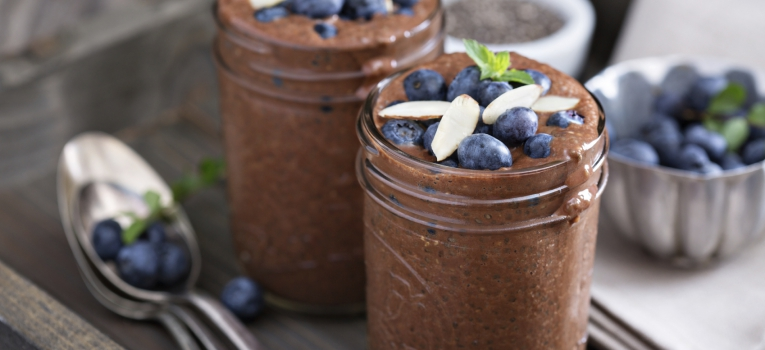 Mousse de chocolate abacate e lime