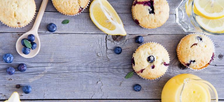 Muffins de mirtilo e limão