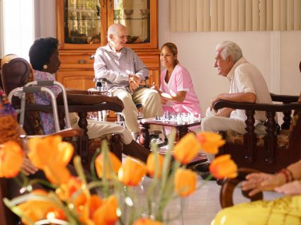 Como escolher um lar de idosos?