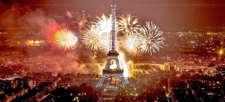 passagem de ano em paris