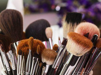 Pincéis de maquilhagem: as funções de cada um