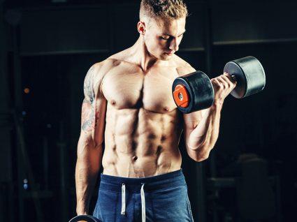 Plano de treino de musculação completo para um corpo definido