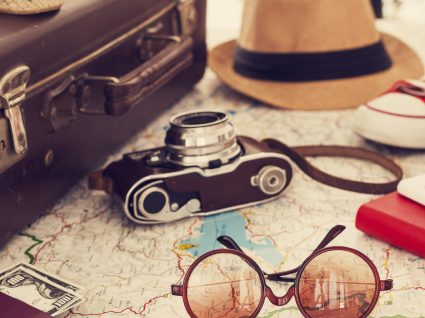 Os 6 acessórios para viagens indispensáveis nestas férias